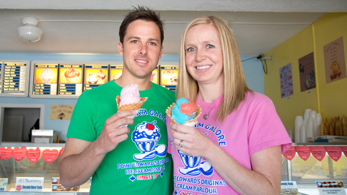 Holly and Andrew Howell holding ice cream